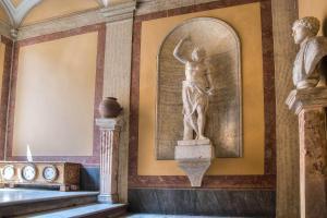 Trevi Rome Suite, Отели типа «постель и завтрак»  Рим - big - 107