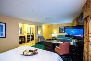 Hampton Inn & Suites Sacramento-Elk Grove Laguna I-5, Hotely  Elk Grove - big - 38
