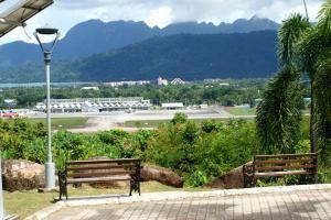 Pemandangan Indah Guest House, Penziony  Kampung Padang Masirat - big - 21