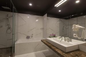 UNO Design Hotel, Hotel  Odessa - big - 27