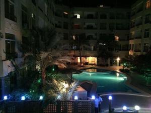 Apartment at nice resort with pool, Ferienwohnungen  Hurghada - big - 2