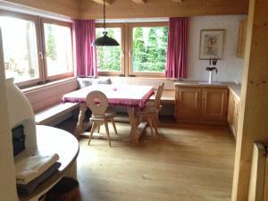 Appartement Gilli, Ferienwohnungen  Eggen - big - 29