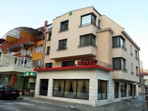 Contessa Hotel, Шумен