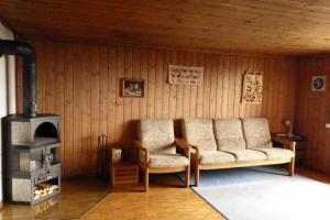 Ferienhaus Wang, Apartmanok  Beatenberg - big - 35