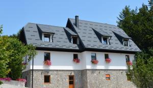 Guest House Plitvice Villa Verde, Penziony  Jezerce - big - 29