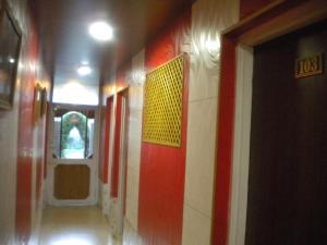 Blooming Dale Hotel, Отели  Сринагар - big - 7