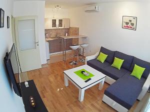 Apartment 18, Apartmány  Bijeljina - big - 30