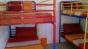 Cama em Dormitório com 4 Camas