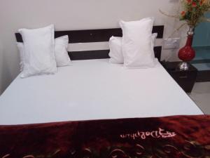 Friends Hotel & Restaurant, Отели  Bijainagar - big - 6