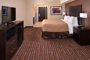 Quality Inn & Suites Tacoma - Seattle, Hotels  Tacoma - big - 2