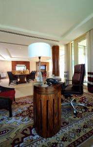 Raffles Dubai, Hotely  Dubaj - big - 15
