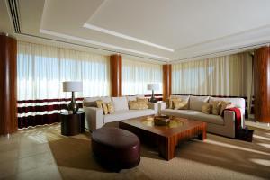 Raffles Dubai, Hotely  Dubaj - big - 17