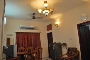 ARS Nest Serviced Apartments, Apartments  Chennai - big - 12