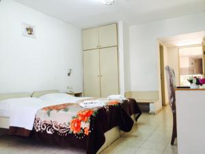 Al Salam Hotel, Отели  Вифлеем - big - 36
