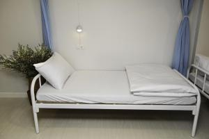 Single Bed in 9-Bed Mixed Dormitory Room