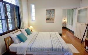 Baan Rub Aroon Guesthouse, Гостевые дома  Чианграй - big - 10