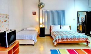 Baan Rub Aroon Guesthouse, Гостевые дома  Чианграй - big - 13