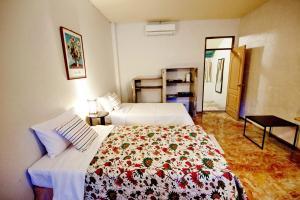 Baan Rub Aroon Guesthouse, Гостевые дома  Чианграй - big - 5
