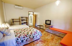 Baan Rub Aroon Guesthouse, Гостевые дома  Чианграй - big - 14