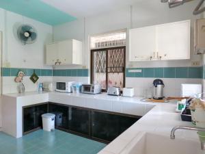 Baan Rub Aroon Guesthouse, Гостевые дома  Чианграй - big - 25