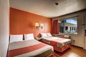 Motel 6 Wells, Отели  Wells - big - 4