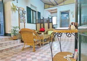 Baan Rub Aroon Guesthouse, Гостевые дома  Чианграй - big - 28