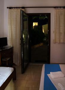Villa Madeleine, Appartamenti  Nea Fokea - big - 10