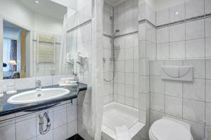 Haus Seeblick Hotel Garni & Ferienwohnungen, Hotely  Zinnowitz - big - 33