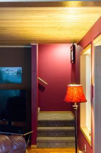 Apex Whitetail Chalet, Apartmanok  Apex Mountain - big - 26