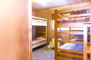 Apex Whitetail Chalet, Apartmanok  Apex Mountain - big - 36