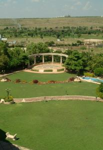 The Corinthians Resort & Club, Rezorty  Pune - big - 24