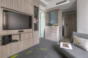 Hillview Suite