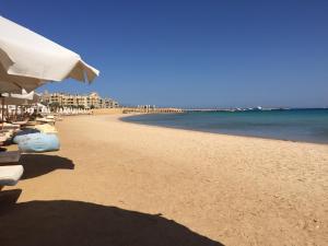 Azzurra two-Bedroom Apartment at Sahl Hasheesh, Apartmány  Hurghada - big - 11