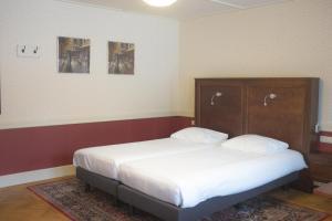 Hotel Konbanwa