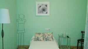 Casa Rural Puerta del Sol, Bed & Breakfast  Arcos de la Frontera - big - 31