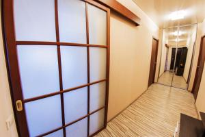 Home Hotel On Lenina 162, Apartmanok  Ufa - big - 18