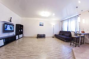 Home Hotel On Lenina 162, Apartmanok  Ufa - big - 15