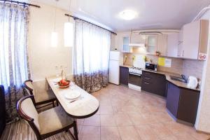 Home Hotel On Lenina 162, Apartmanok  Ufa - big - 14