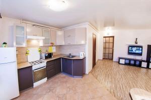 Home Hotel On Lenina 162, Apartmanok  Ufa - big - 2