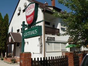 Guest House Móritz, Affittacamere  Keszthely - big - 48
