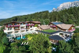 Hotel St. Anton - AbcAlberghi.com