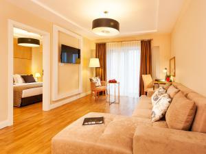 Nidya Hotel Esenyurt, Szállodák  Esenyurt - big - 2