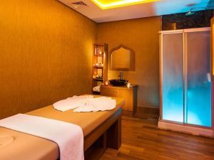 Nidya Hotel Esenyurt, Szállodák  Esenyurt - big - 32