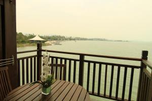 Ocean Suite Private Unit @ Langkawi Lagoon, Üdülőtelepek  Kampung Padang Masirat - big - 27