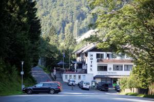 Hotel-Pension zum Paradies - Willingen-Upland
