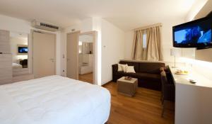 Trattoria Locanda Ai Tre Amici, Hotels  Mortegliano - big - 3