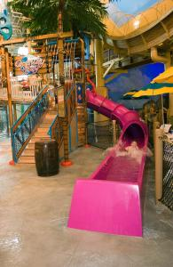 Cedar Point Castaway Bay Indoor Water Park, Отели  Сандаски - big - 27