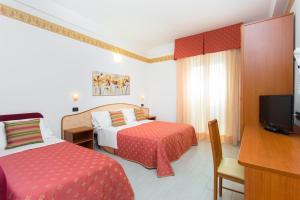 Hotel San Giacomo, Hotely  Cesenatico - big - 6