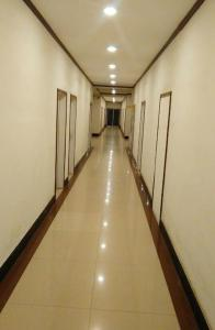 Qinghua Business Hotel