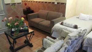 Marlborough Beachfront Apartments, Apartmány  Durban - big - 65